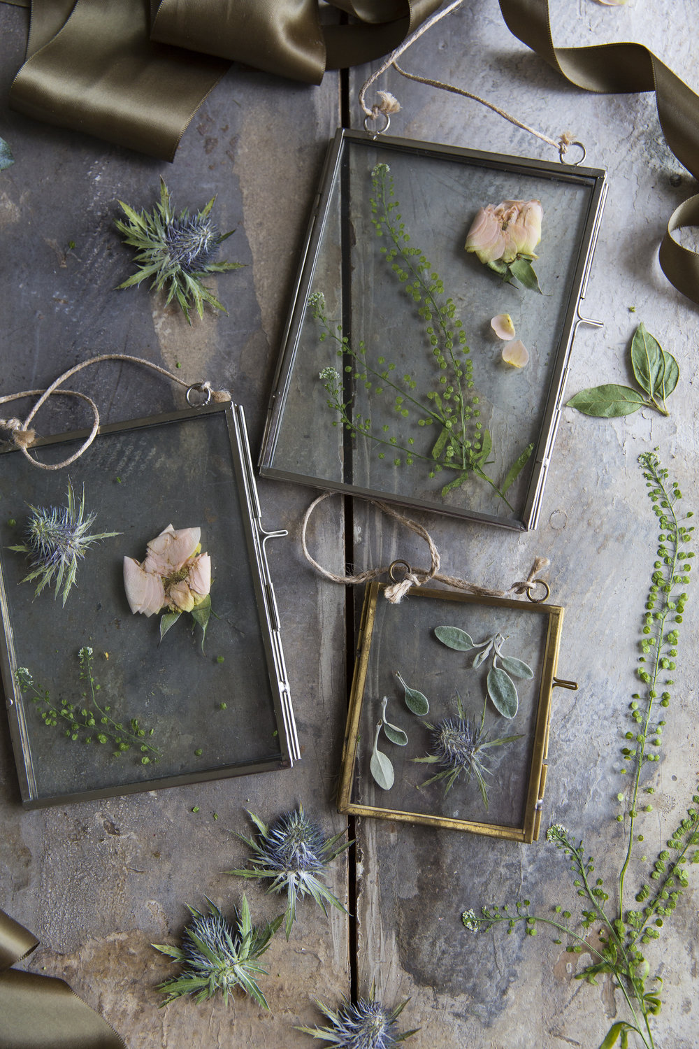 crafting with flowers feature with The Real Flower Co in 91 Magazine
