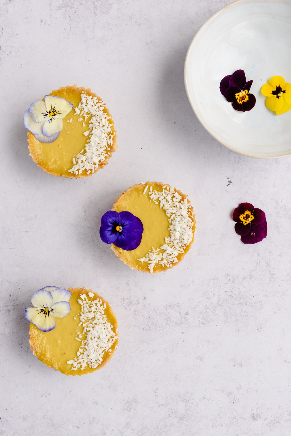 Mango & Coconut raw tarts recipe