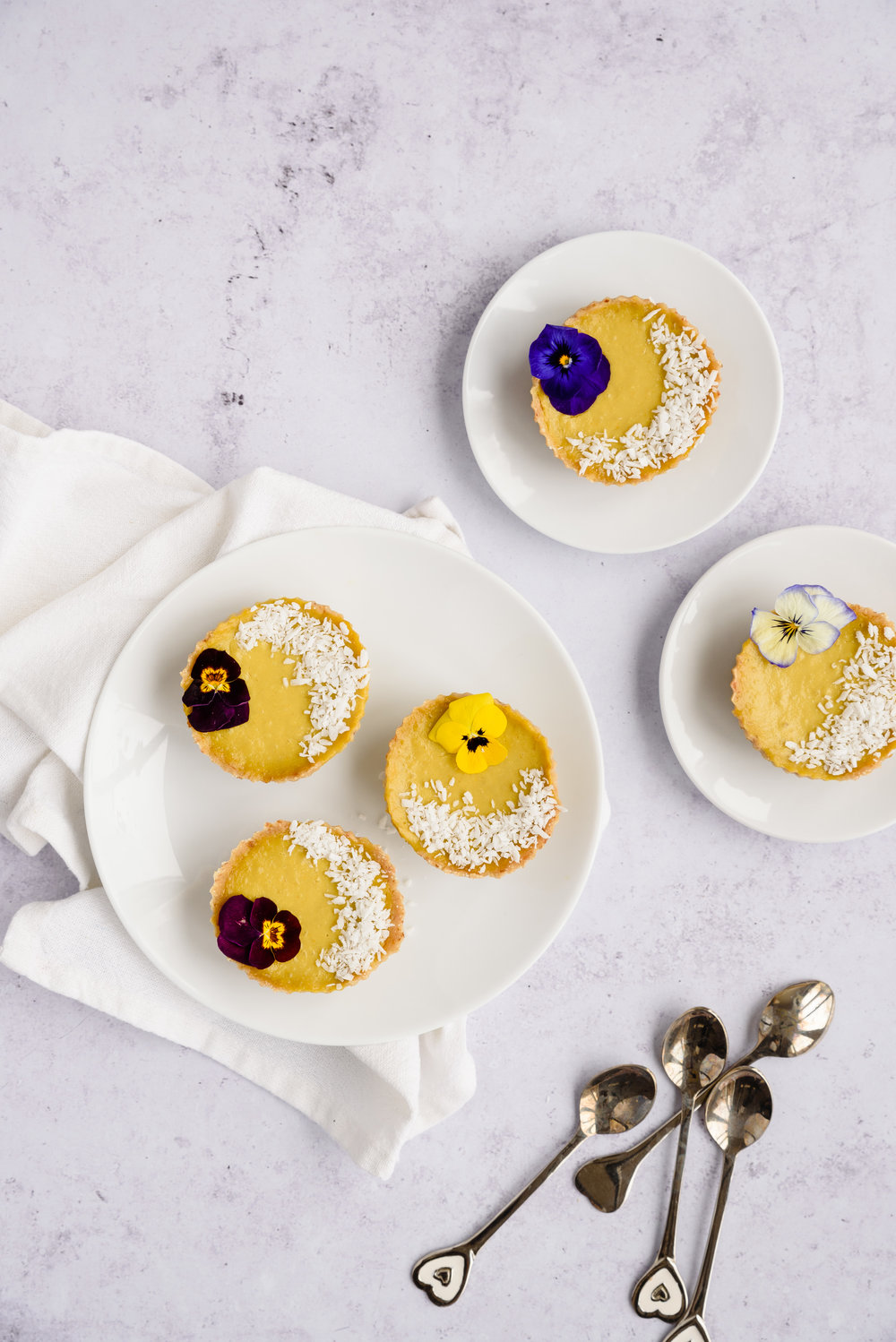 Recipe: Mango and coconut raw tarts
