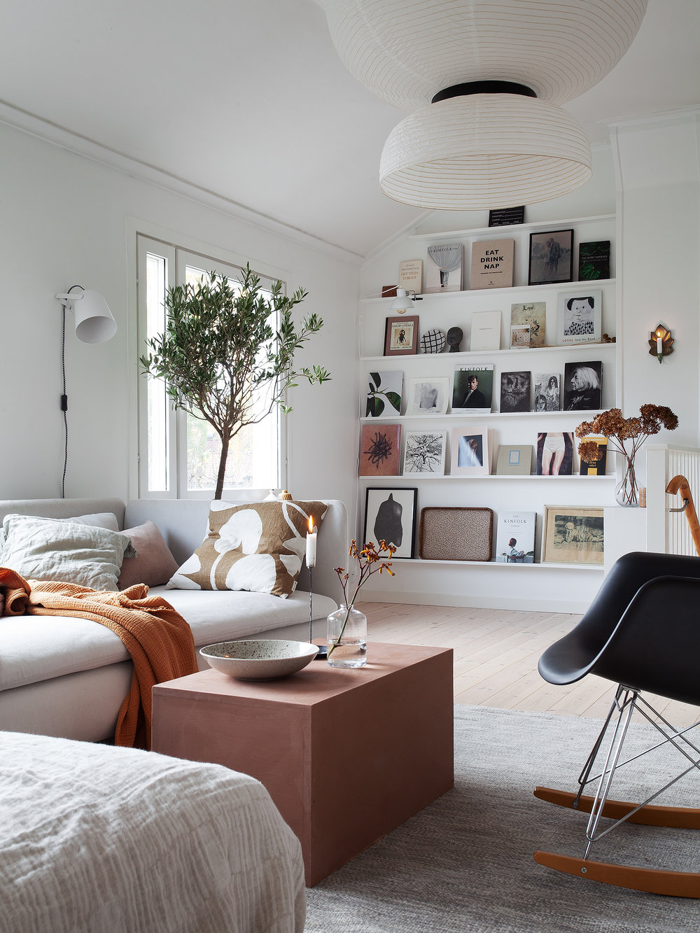 home tour of Swedish blogger Janniche Bergstrom @bloggaibagis