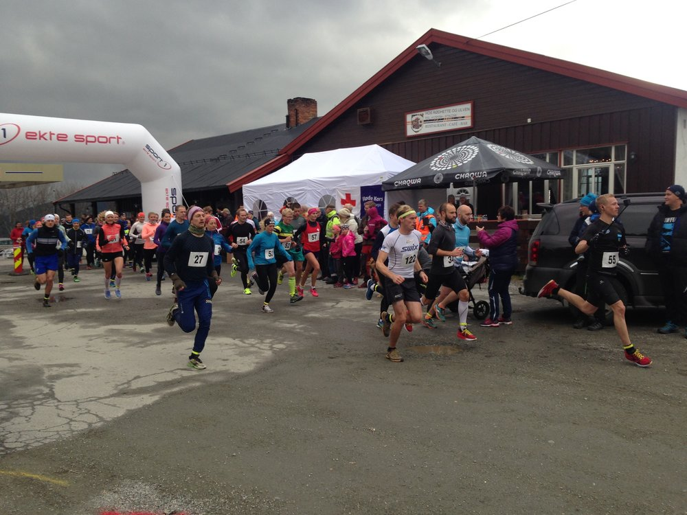 Nesten 150 fornøyde løpere deltok i Skåbu Fjellmaraton 2017, løpsdistanser 7,5 - 21,1 eller helmaraton 42,2 km.