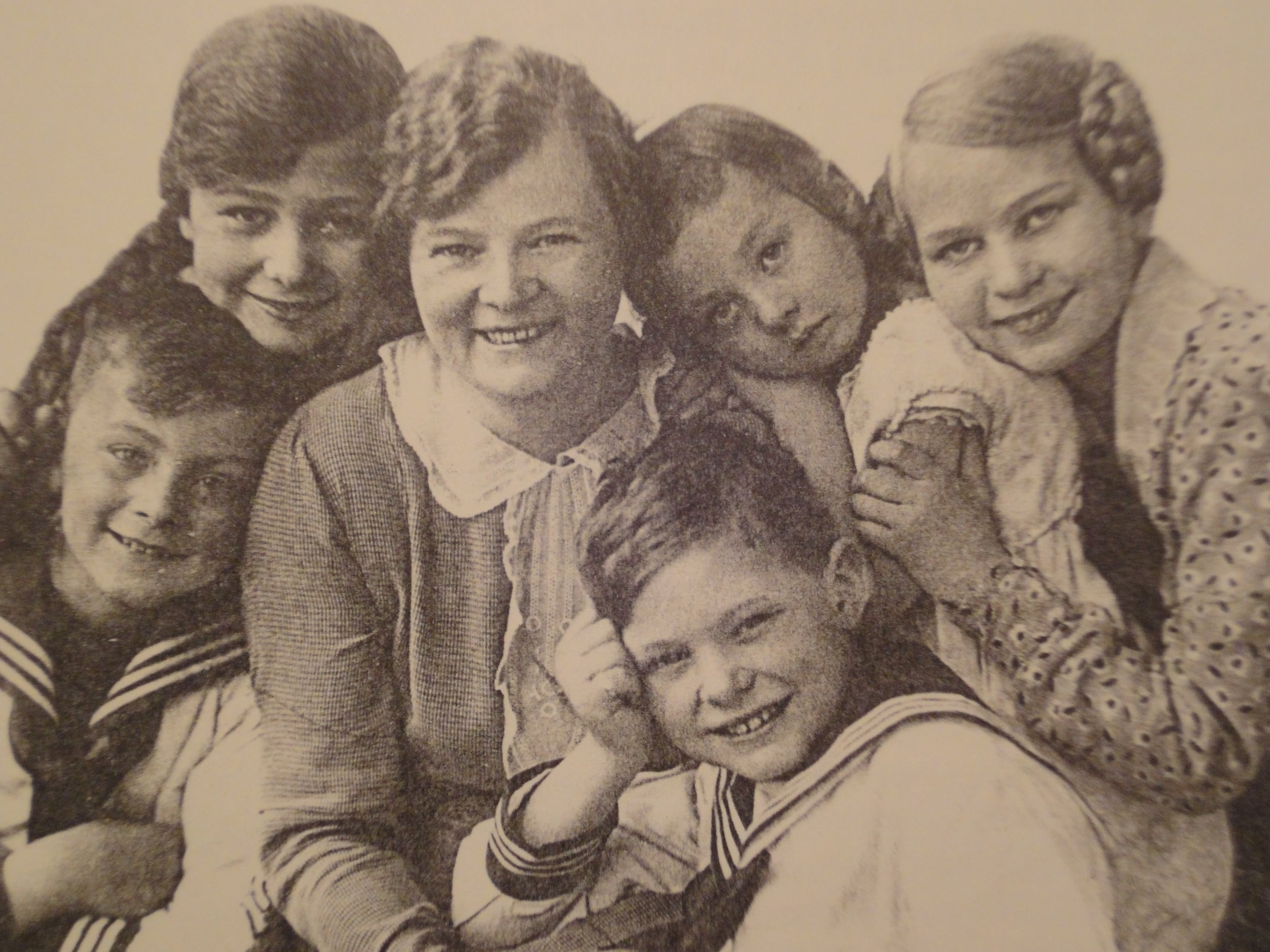 The Buettner Wobst children in happier days in 1930s. Rike is 2nd from right.