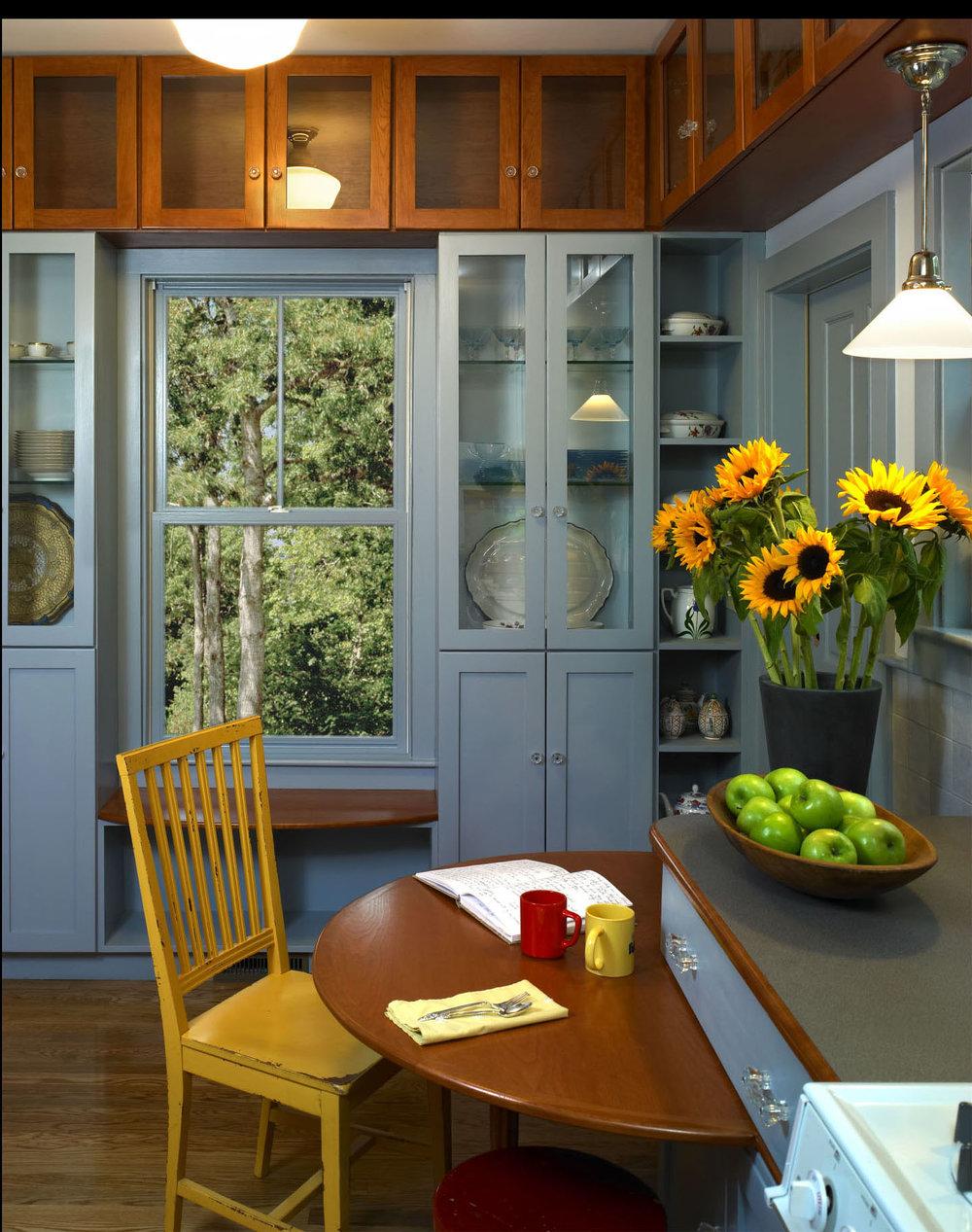 Englund_windowseat1a.jpg