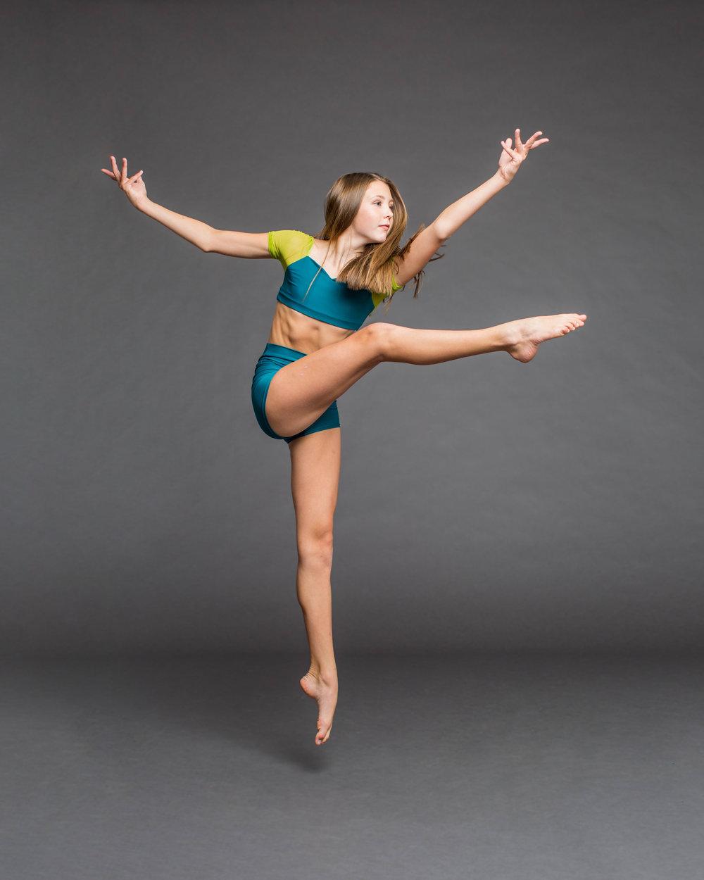 Chloe Stannard jump.jpg
