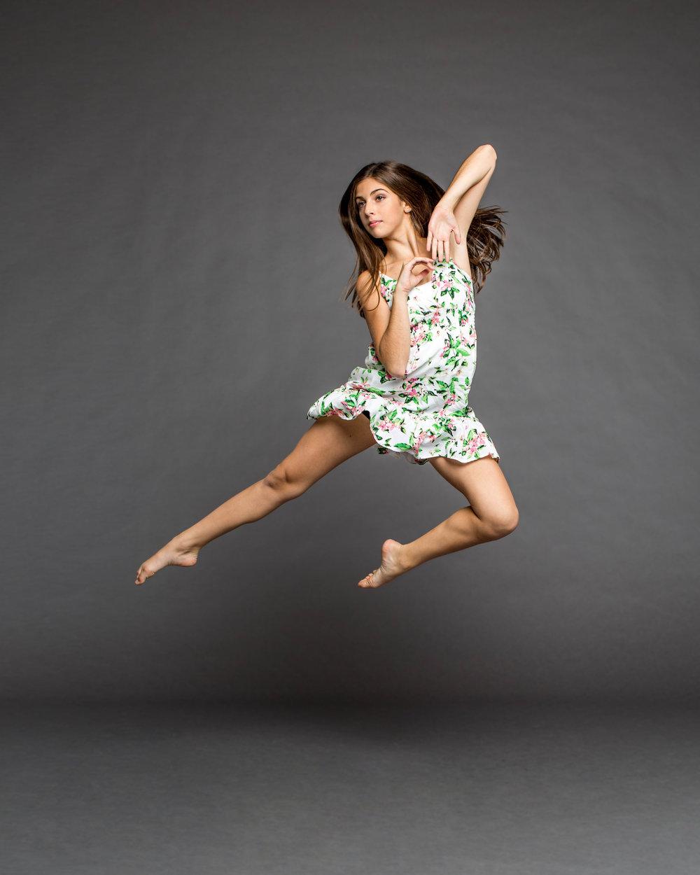 Sasha Zitser jump 2.jpg
