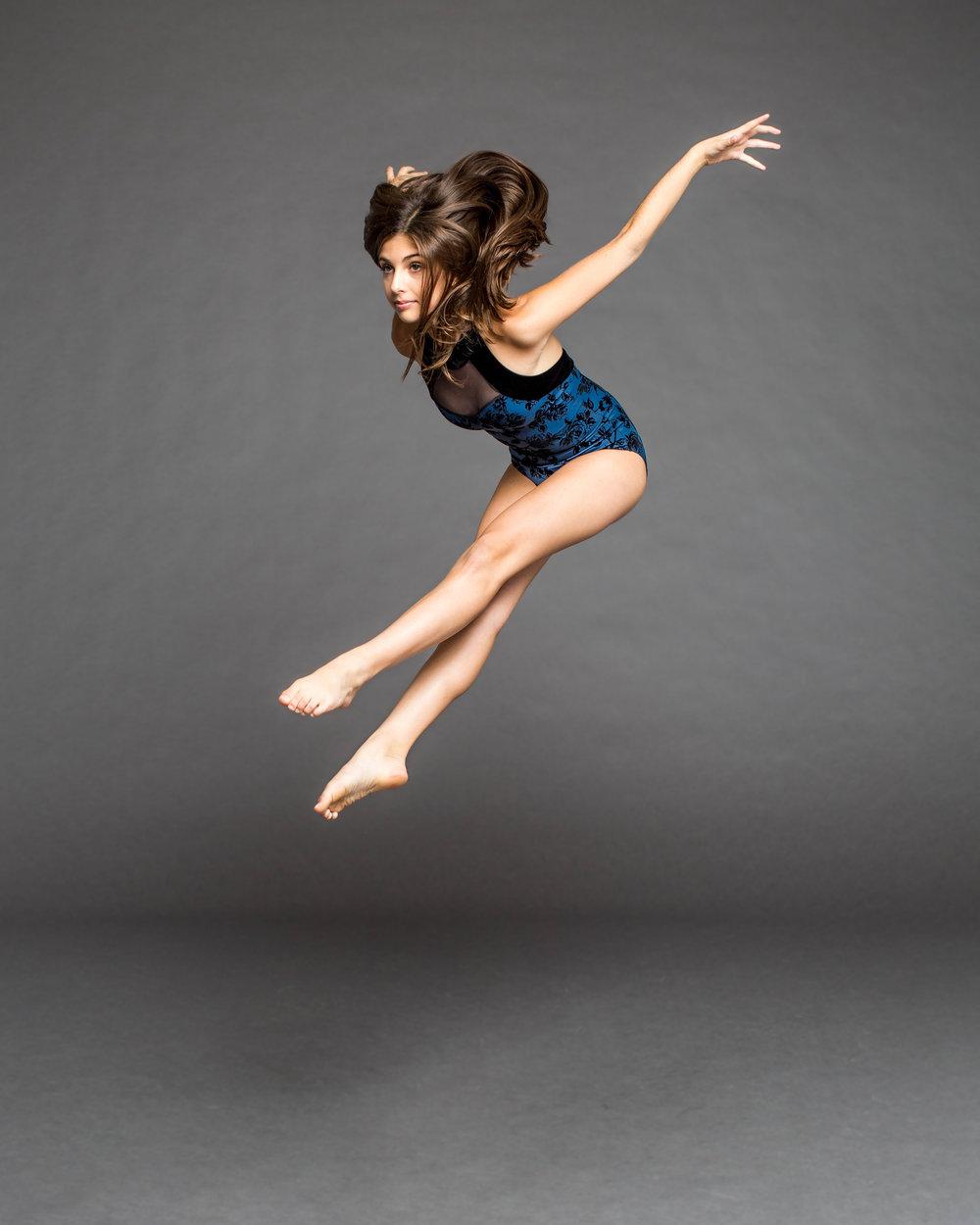 Sasha Zitser jump.jpg