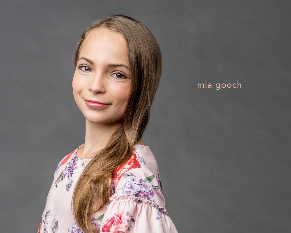 Mia Gooch_name.jpg