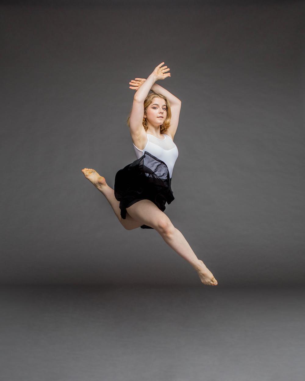 Rachel Beck jump-1000px.jpg