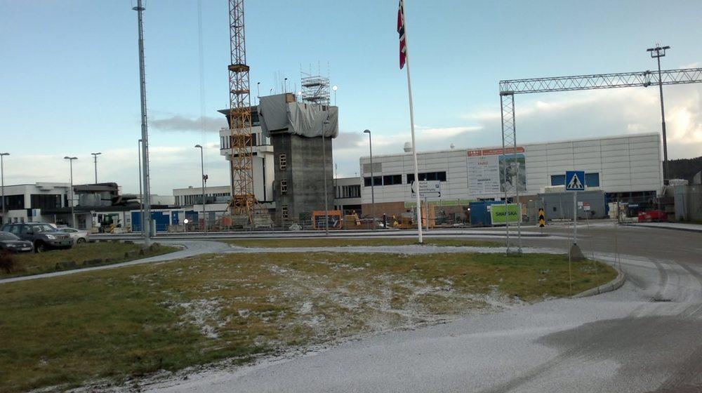 byggsikkerproduksjon-Kjevik Flytårn (Timelapse)-01.jpg