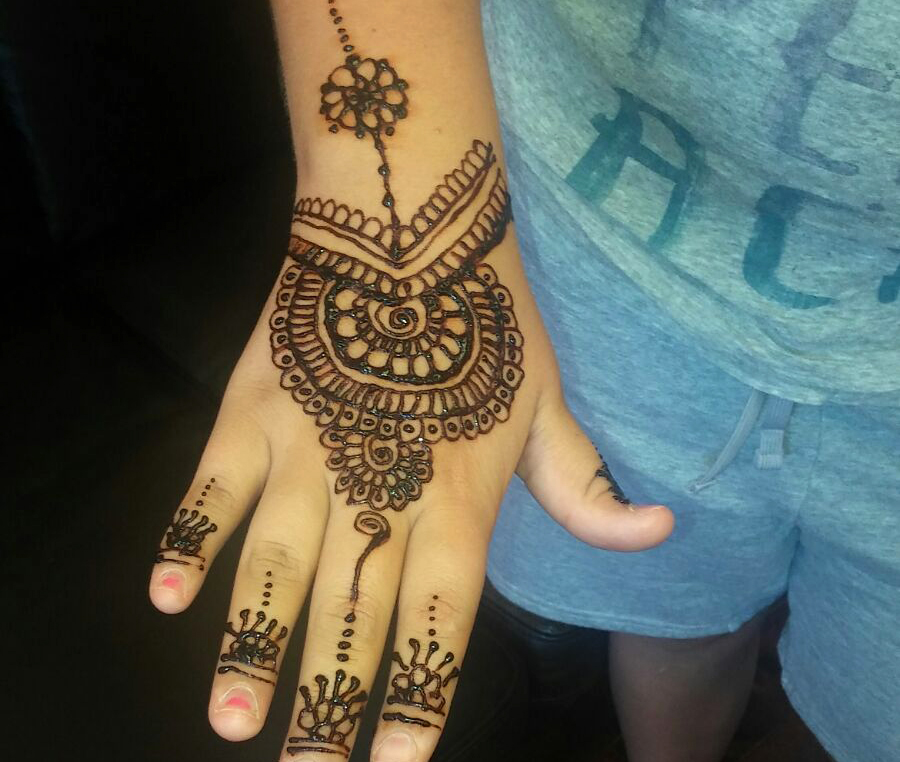 salon_thread_henna_tattoo_img004.jpg
