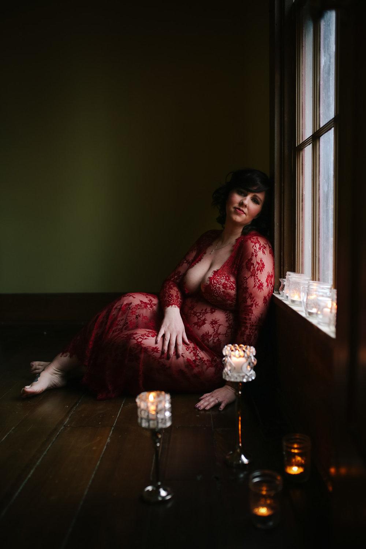 maternity boudoir  (6 of 20).jpg