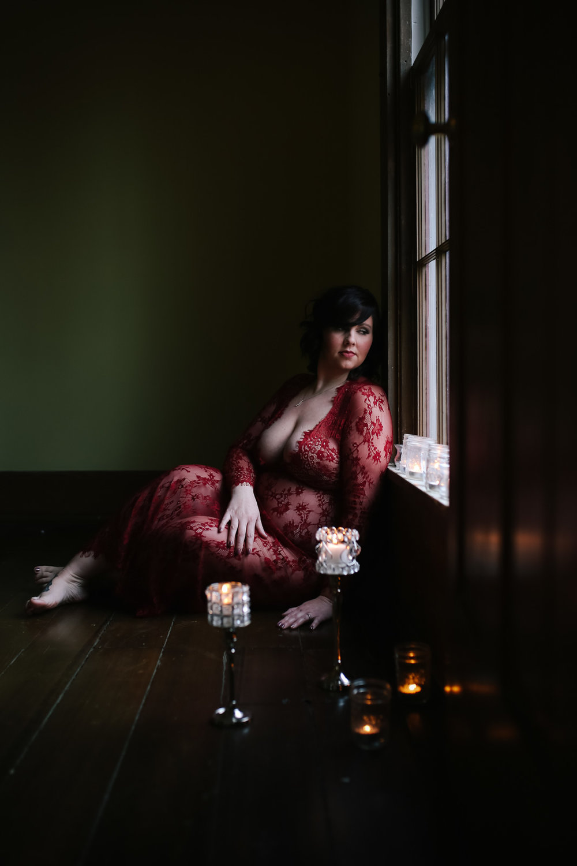 maternity boudoir  (7 of 20).jpg
