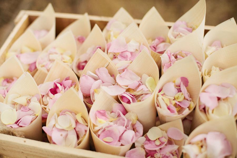 Fresh Petals in a Cone. Image:http://ruffledblog.com/melbourne-rustic-wedding/