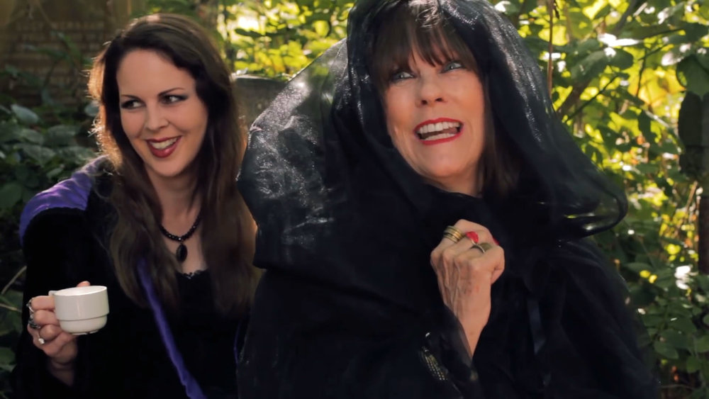 FRANKULA_Emma_Dark_as_Agnes_and_Judy_Matheson_as_Vera_Vomit.jpg