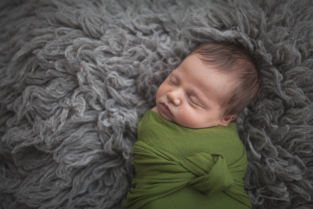 baby e {newborn + lifestyle} (10).png