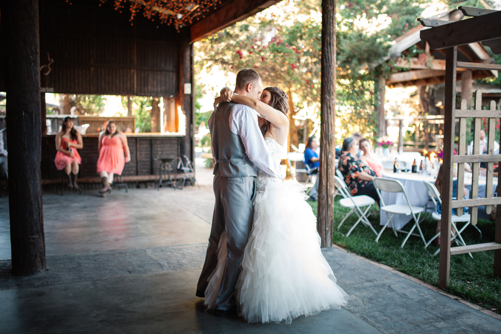 country-themed-wedding-photos-reno-lake-tahoe-wedding-photographer-04.jpg