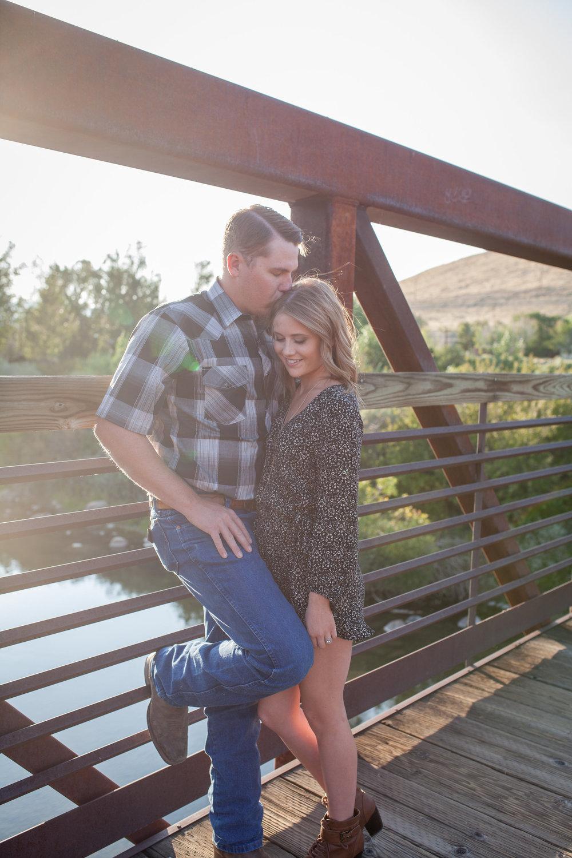 sunset-couple-photos-reno-lake-tahoe-family-photographer-04