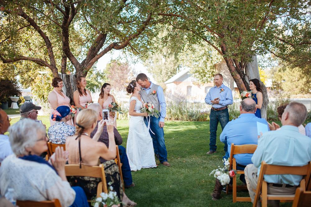 vintage-themed-wedding-reno-lake-tahoe-wedding-photographer-19