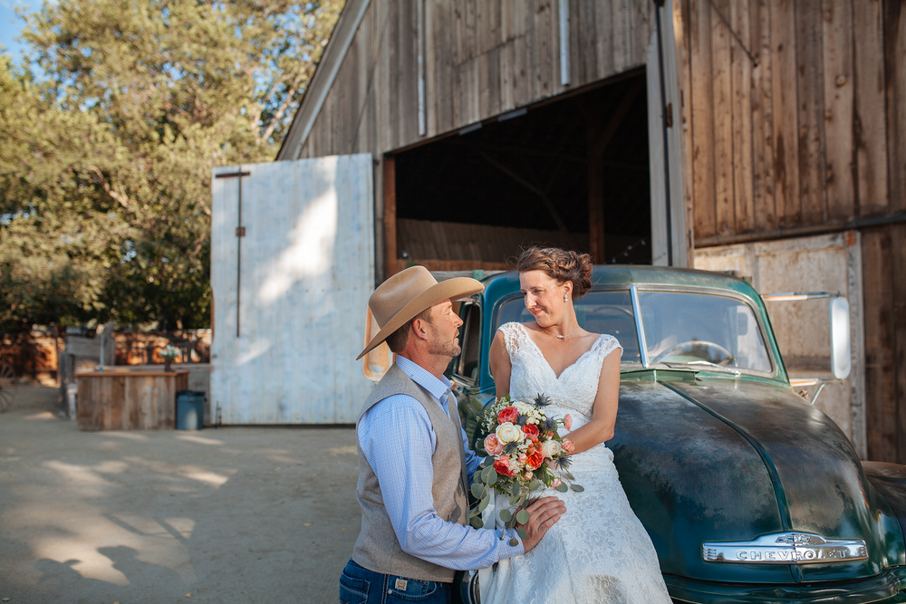 vintage-themed-wedding-reno-lake-tahoe-wedding-photographer-28