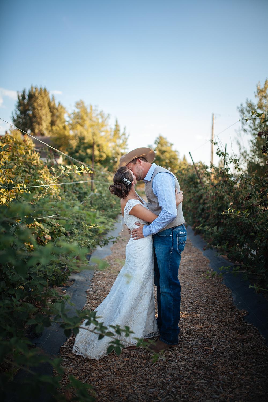 vintage-themed-wedding-reno-lake-tahoe-wedding-photographer-29