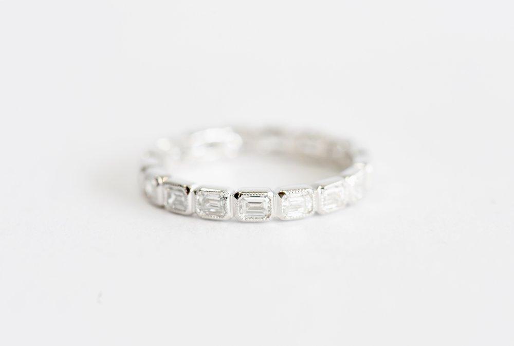 c341b077071d06 18k gold emerald diamond ring. — J. Sampieri