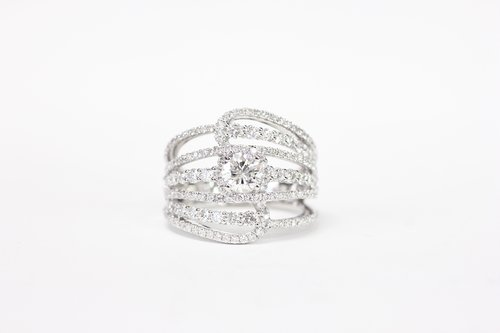 0656645251d30a 18k Wide Rows of Diamond Ring ...