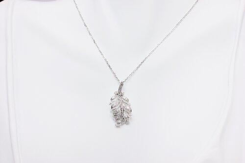 23fa849bfc194c Diamond 3D Leaf Pendant- Exclusive Design ...