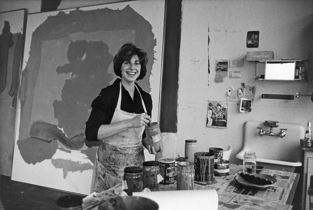 Helen Frankenthaler in her studio, 1964.Source: http://www.frankenthalerfoundation.org/