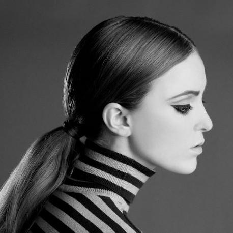 1960s inspired makeup look by Ventura Makeup Artist Glory Munoz