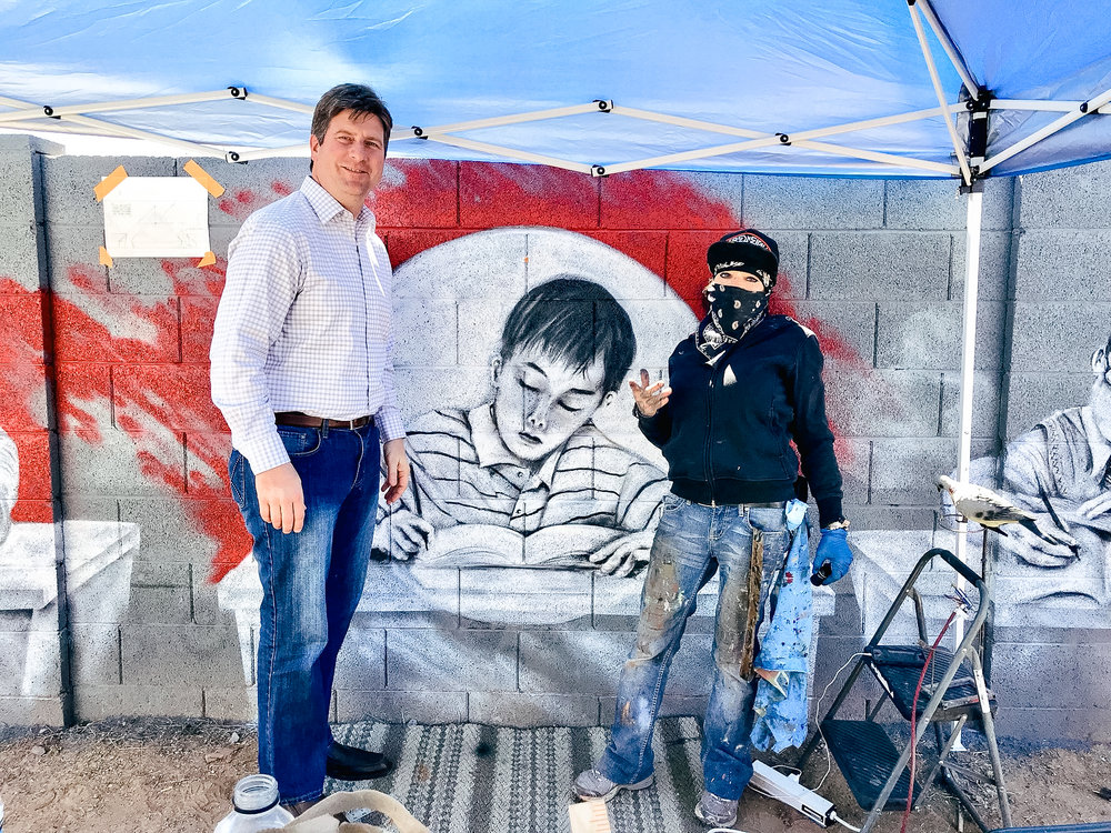 Phoenix Mayor Greg Stanton  with artist BacPac. Photo by  Greg Stanton team  & Artlink Phoenix