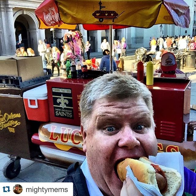 "Great shot + caption 📸 @mightymems ""Hot dogs, hot dogs,"" Ignatius said a little angrily. ""Savories from the hygienic Paradise kitchens."" #confederacyofdunces #hotdogs #history #neworleans #nola #food #foods"