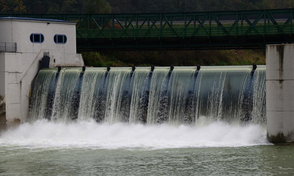 Water over dam.jpg