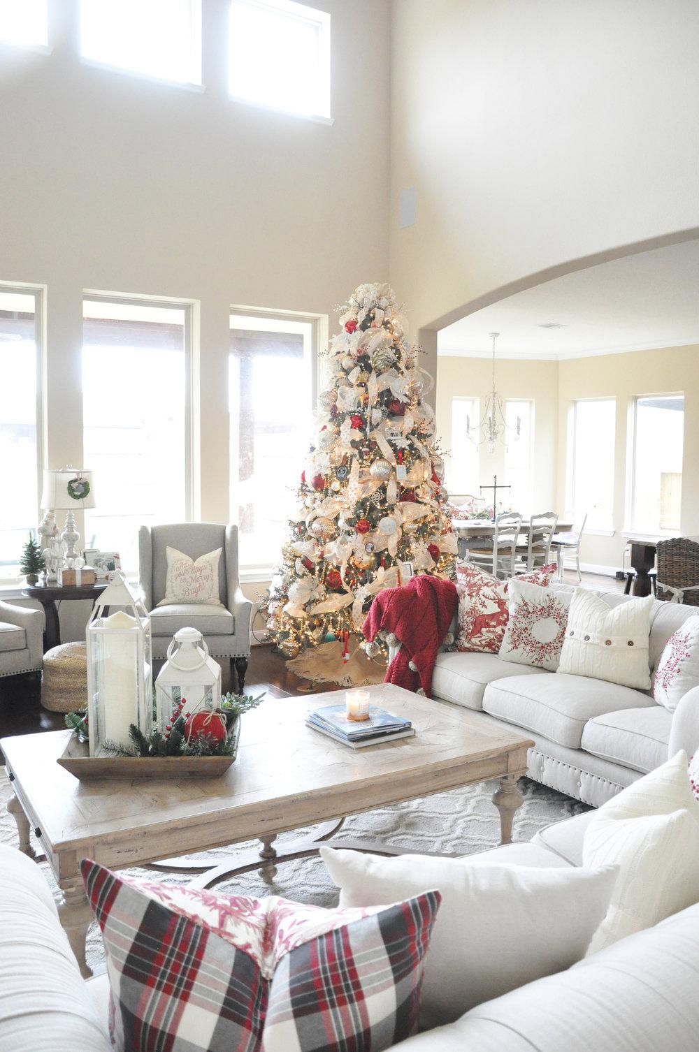 2016 Christmas Home Tour — The Grace House