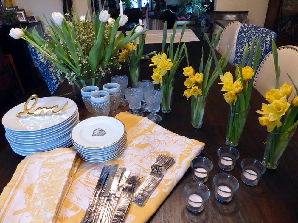 Lay out the tablecloth and see how you feel. If you want that extra hit of color now\u0027s the time to add the next layer. It could be a runner or placements ... & Yellow Yellow Burst of Sunshine Tablesetting \u2014 2 STIR WITH LOVE
