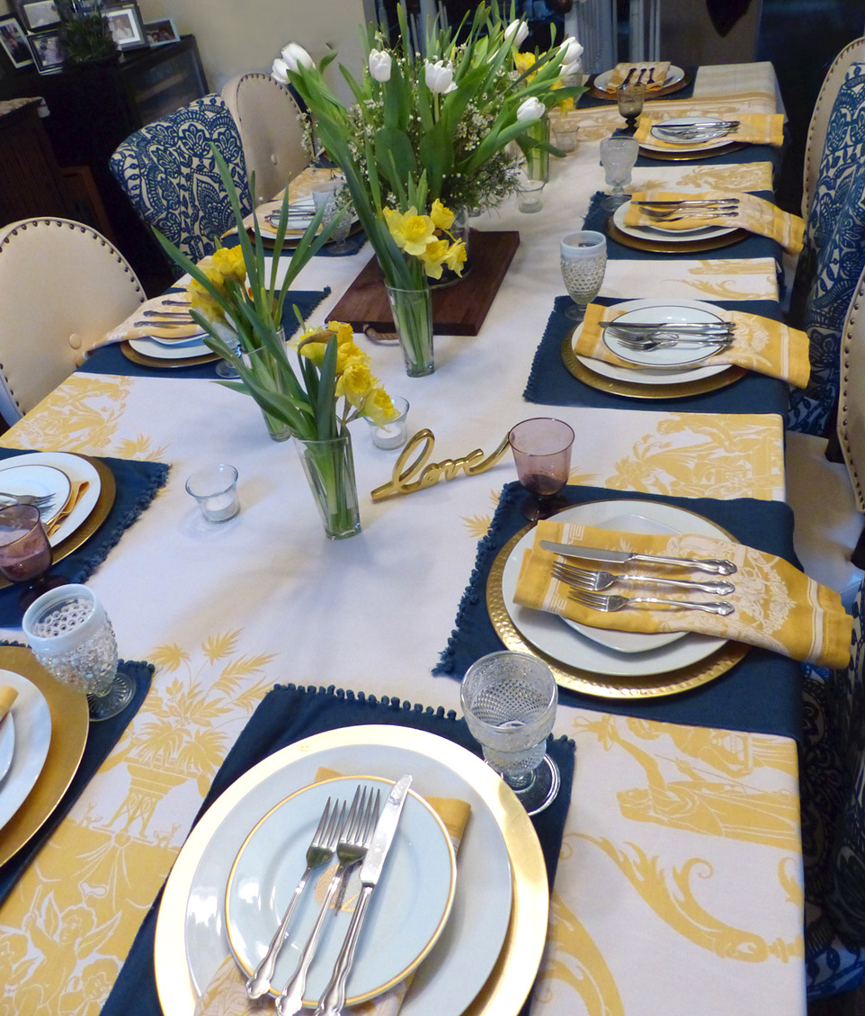 Hereu0027s a bright idea for your Easter table or a Spring event. This bold burst of yellow will welcome everyone with a big happy grin. & Yellow Yellow Burst of Sunshine Tablesetting u2014 2 STIR WITH LOVE