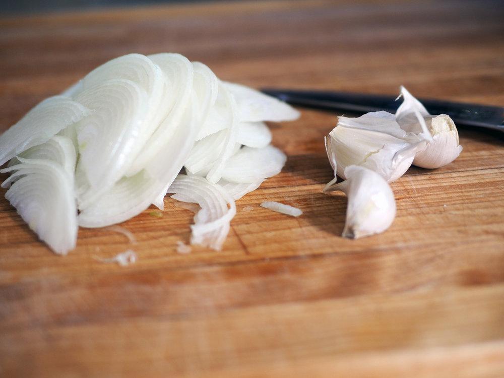 onions.garlic.jpg