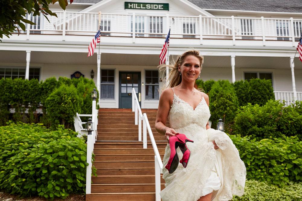 Bride at Hillside Inn-10.jpg