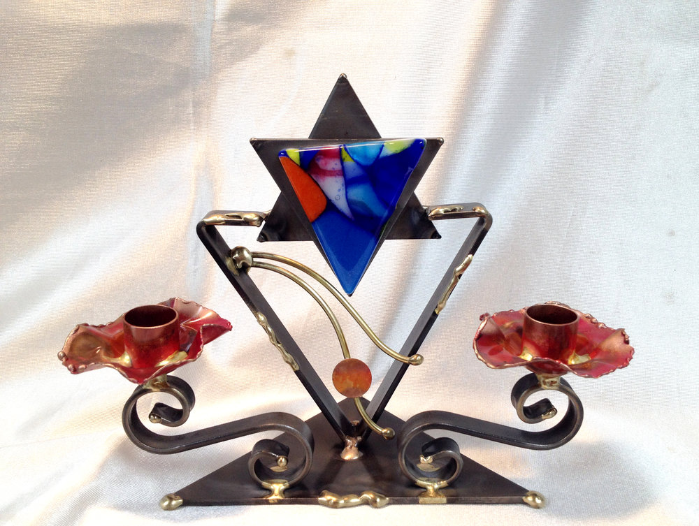 - Small Candlestick Design