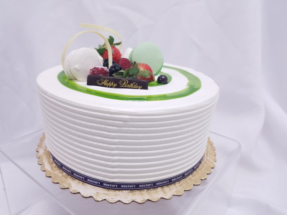 Matcha Strawberry Shortcake Excite your senses with fresh strawberry lime mascarpone layered between green tea sponge cake. Topped with fresh fruit and hand crafted chocolate deco. It's guaranteed to make your next event a memorable one.