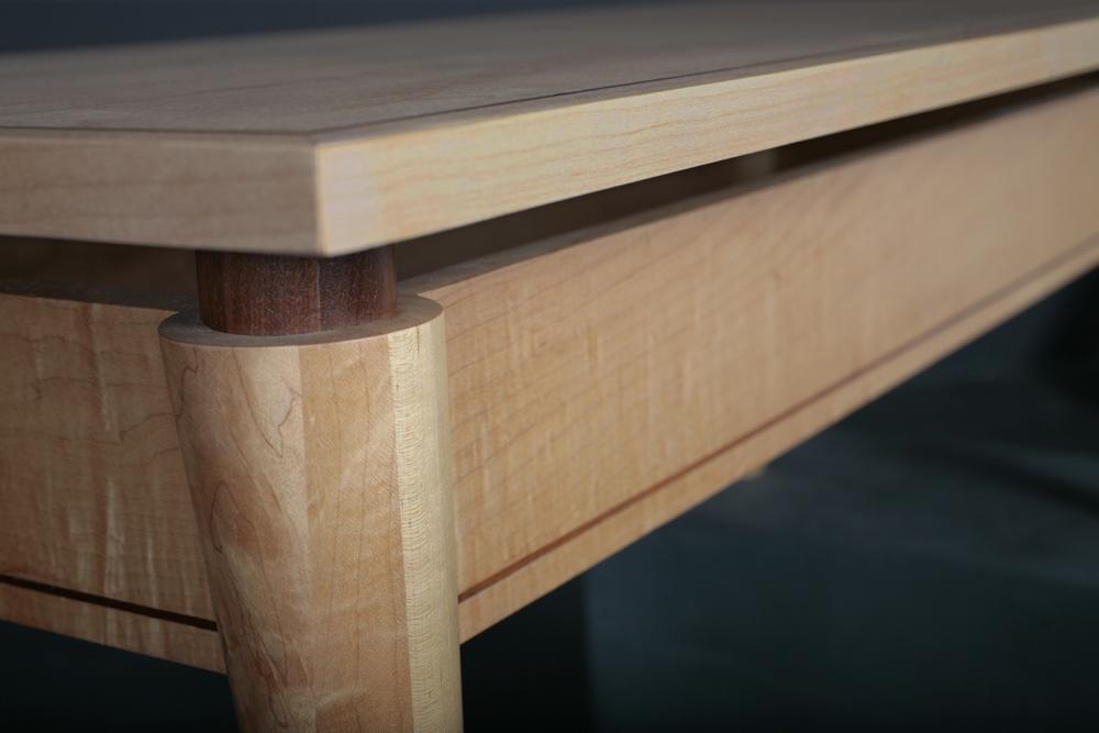 Rounded Leg Taper Detail 1 LR.jpg