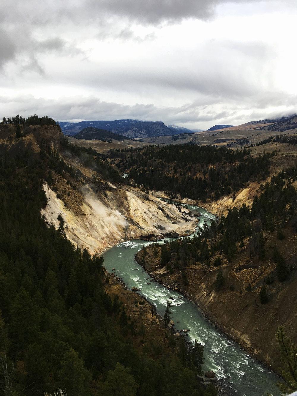 Yellowstone B 005.jpg