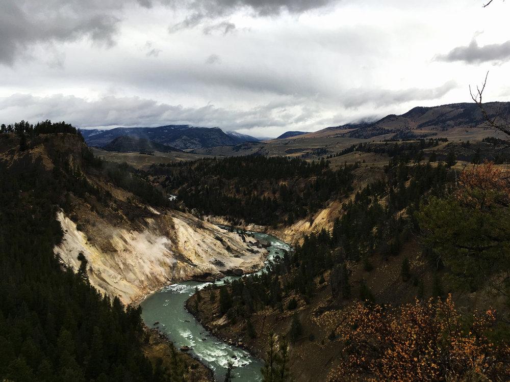 Yellowstone B 012.jpg