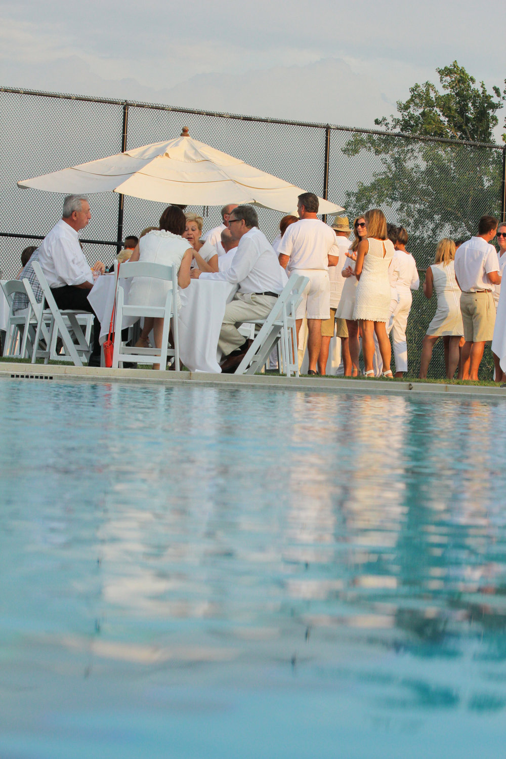 tccwhiteparty2014-48.jpg