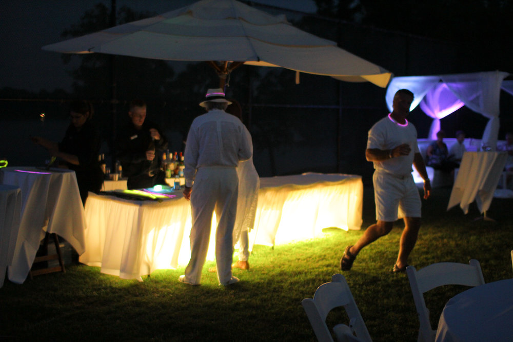 tccwhiteparty2014-118.jpg