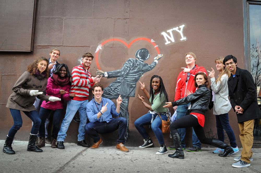 2015 WENDY'S HEISMAN NATIONAL FINALISTS ON A GRAFATTI TOUR DURING HEISMAN WEEKEND IN NYC