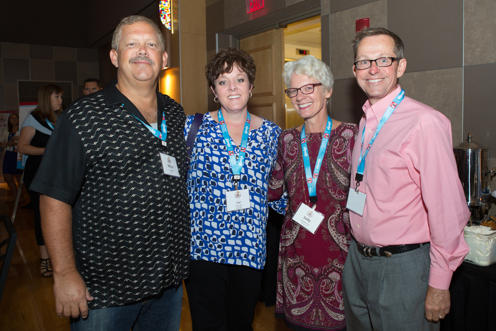 FRANCHISEE MIKE CARDINAL, QSCC'S GAIL VENRICK, FRANCHISEES JUDY AND ED ANDERSON