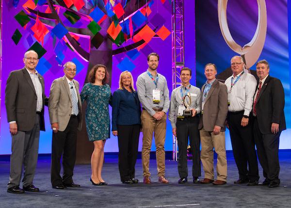 QSCC-Conf-G-L-awards_025.jpg