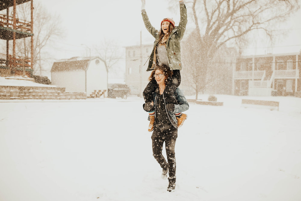 DJ and Erin Kansas City Snowfall Engagement 9.jpg