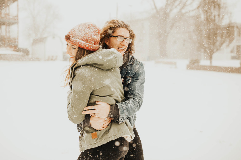 DJ and Erin Kansas City Snowfall Engagement 18.jpg