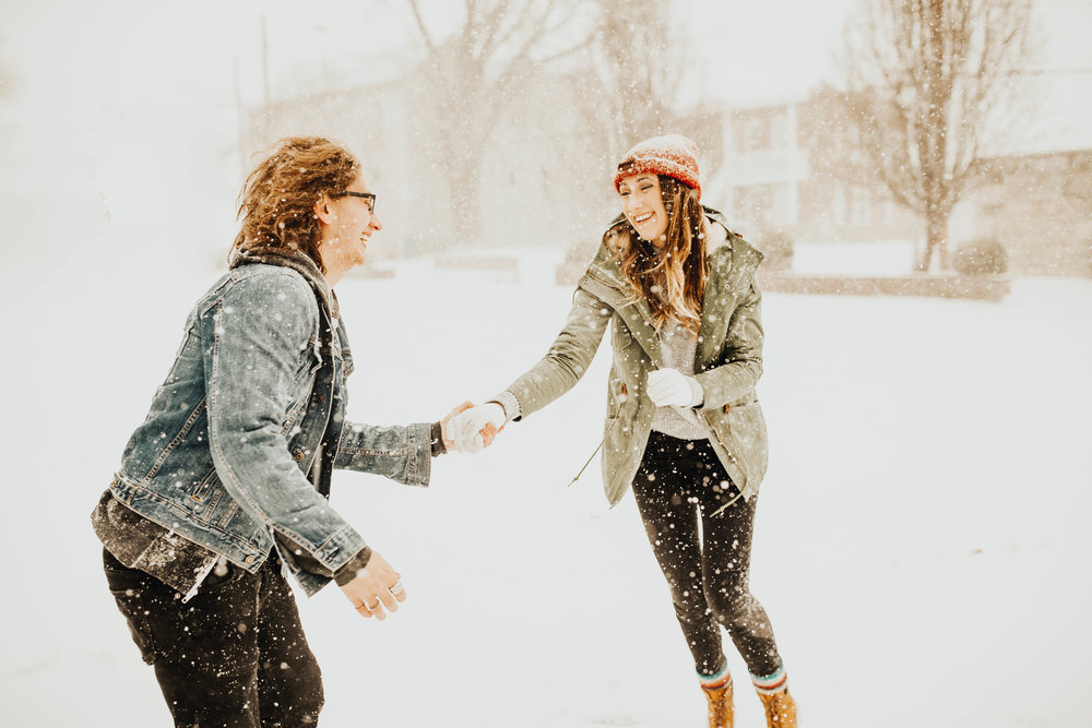 DJ and Erin Kansas City Snowfall Engagement 17.jpg